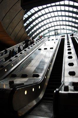 Canary Wharf Tube 5