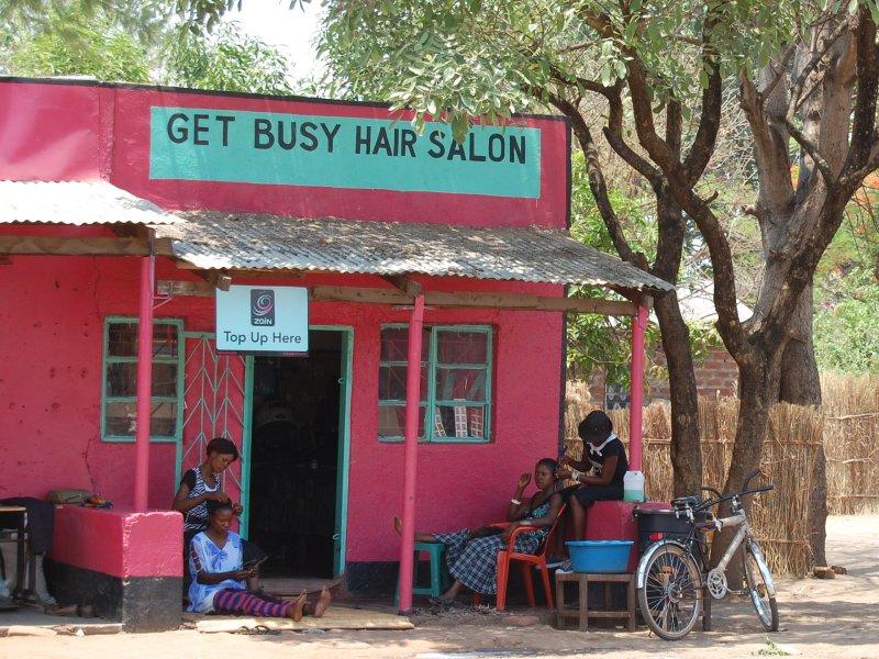 road side barber stall