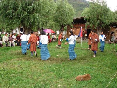 Folk_Dancers_2.jpg