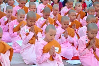 Shwedagon_2.jpg