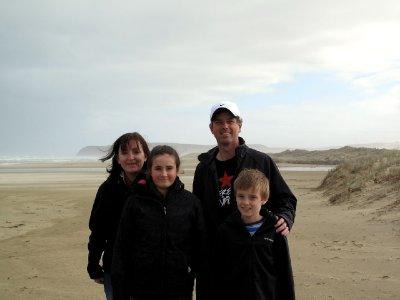 Cronsberry-family-on-90-mile-beach