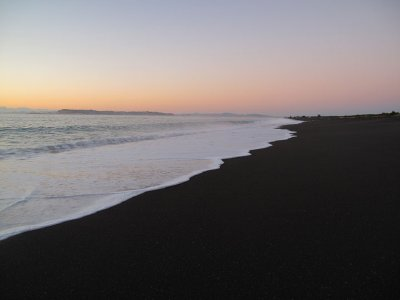 Napier-sunrise-on-beach