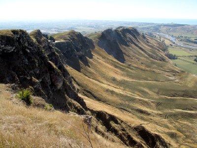 Te-Mata-Peak-craggy.jpg
