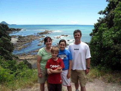Whakatane Cronsberry Family at Kohi Point