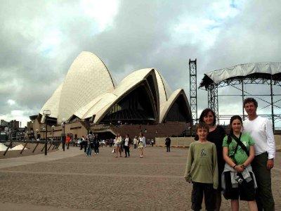 australia Sydney Cronsberry Family at the Opera House