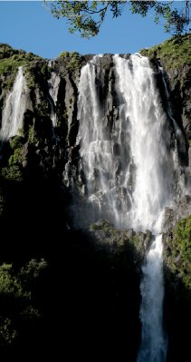 Waiere falls panorama with water!