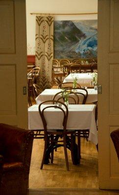 Diningroom..dited-2.jpg