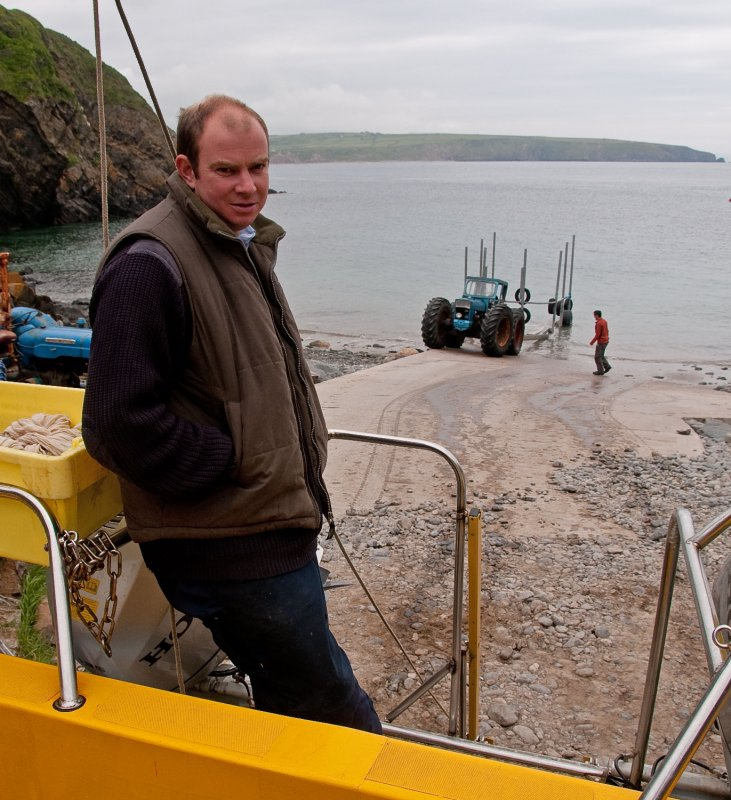 large_Colin-Bardsay-boat.jpg