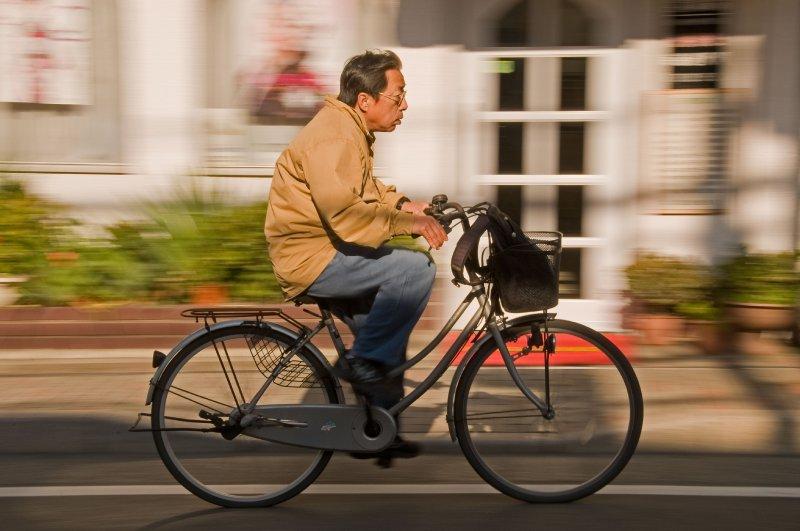 Kamakura+cyclist_DSC9495