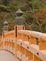 Mie_Ise_shrine_bridge_11-23
