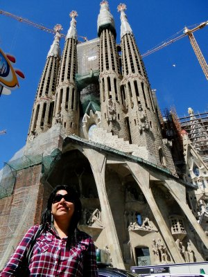 Tania in La Sagrada Familia