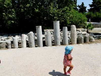 Ylla exploring the Agora