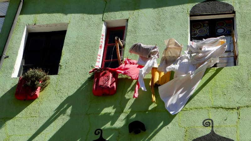 Drying clothes, the old way