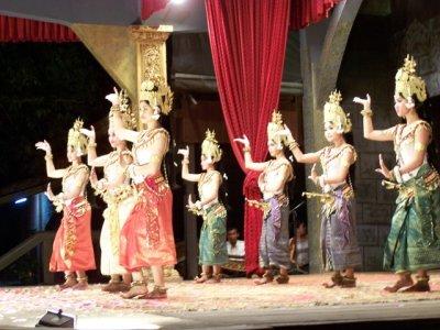 2009-10-11..n_Dance.jpg