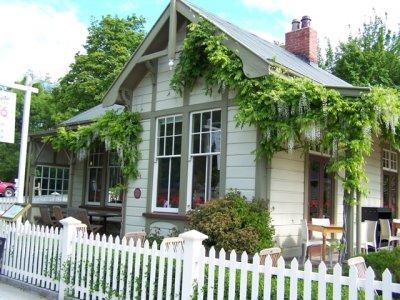 2009-11-14.._house2.jpg