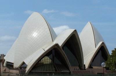 Opera_House_4-blue_skies