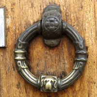 9a-Door-Knocker.jpg