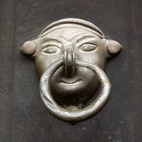9e-Door-Knocker.jpg