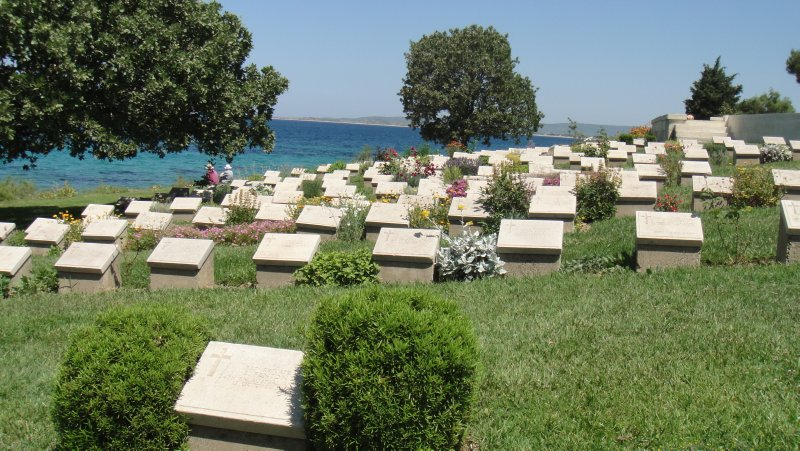 large_Cemetery_n.._Turkey.jpg