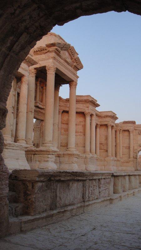 large_Theatre_st..__Syria.jpg