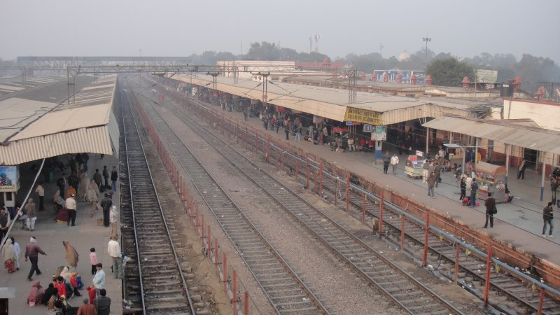 large_Train_Plat..__India.jpg