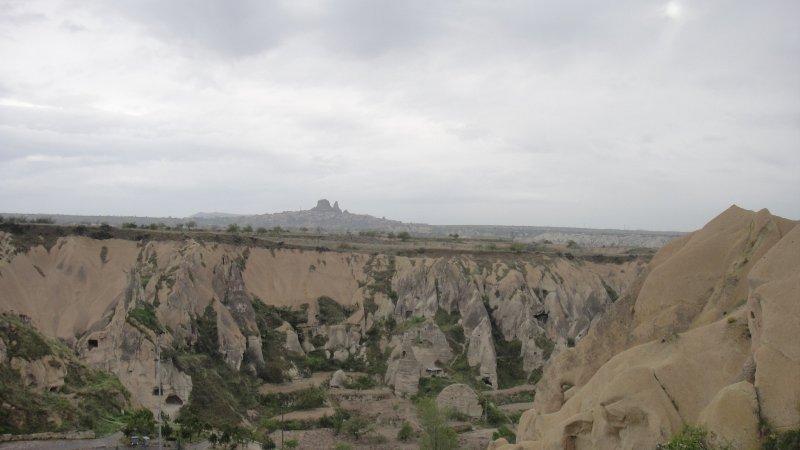 large_Valleys_ne.._Turkey.jpg