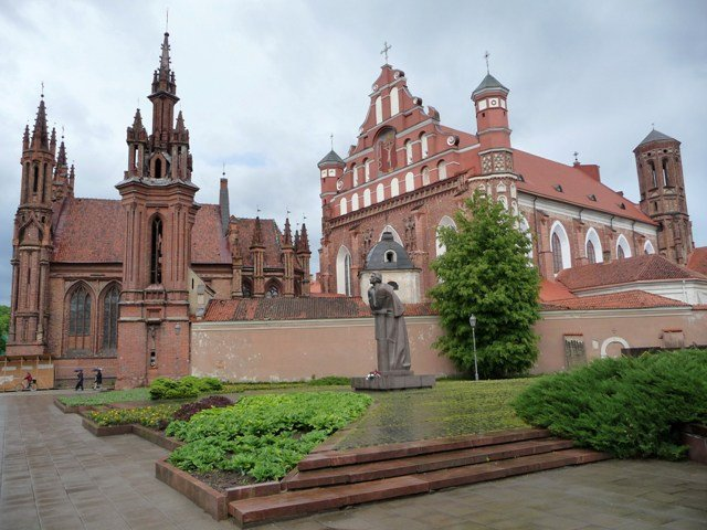 St. Anne's Church, St. Francis' and Bernadine Church, Vilnius