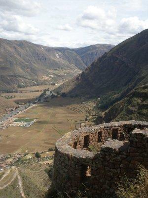 On the walk to Pisaq ruins.