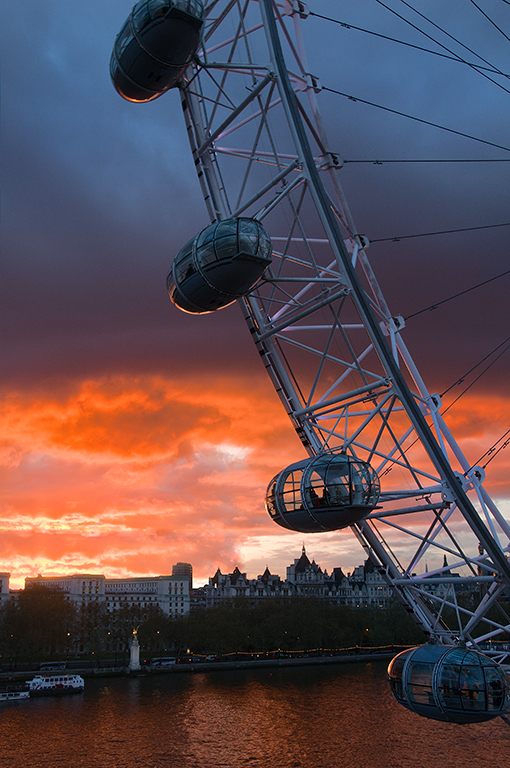 The Eye, Close Up at Nightfall
