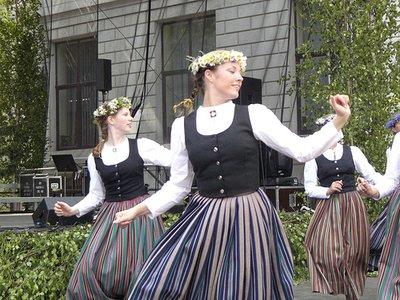 lat_dance.jpg