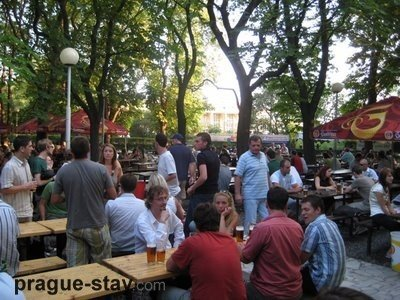 prague-Rie..people1.jpg