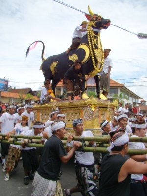 Bali funeral march