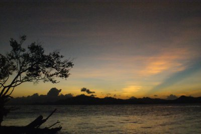 Another sunset in the Bacuit Archipelago