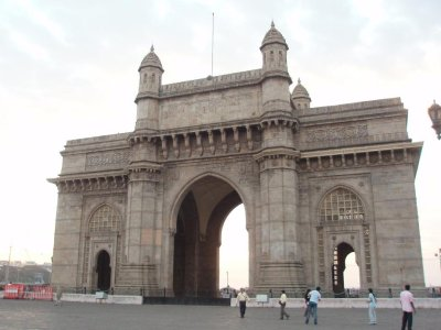 Gateway of India before the crowds arrive
