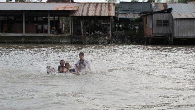 Diversion garantizada en el Mekong