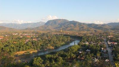 Luang Prabang desde la colina... esto es una ciudad!!!