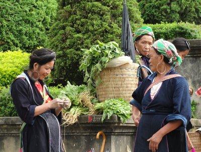 Hmung Women (1)