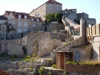 Dubrovnik_roofs.jpg