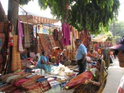 3_Delhi_market.jpg