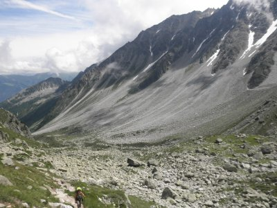 The Pierriers d'Arpette: kind of stone lawines from the Aiguilles d'Arpette with the tiny Glacier d'Arpette peaking out