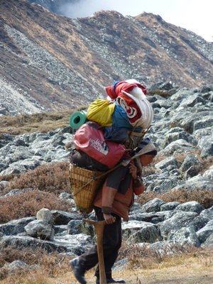 The porters who carry an incredible heavy load