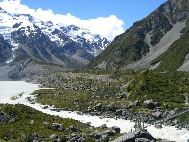 From Mount Cook village you have an easy 4h stroll to the Hooker glacier (yes, it is really called this way!)