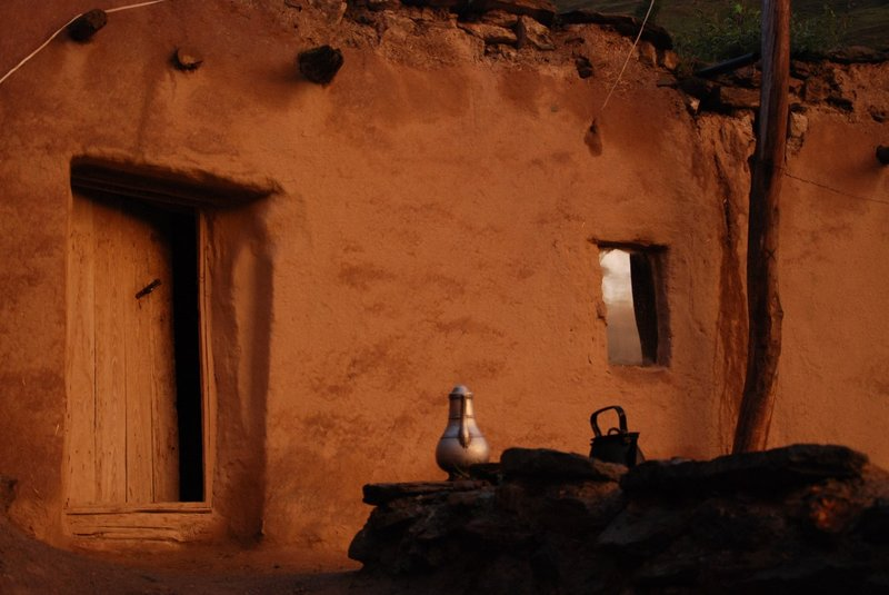 The hand made houses of Mekan where we stayed in the sunset