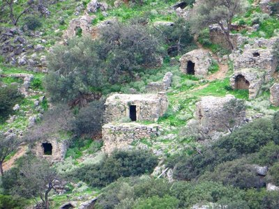 Burial caves at Lissos