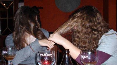 Erin Kat hiding from Megan at Mundo