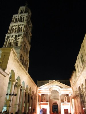 Split - Diocletian's Palace - Peristil