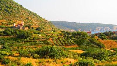 Komiza scenery