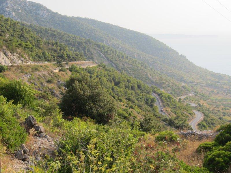 Road to Komiza