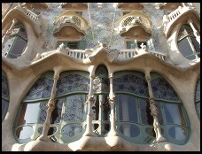Antoni Gaudi  bone house  casa batllo front windows by day thumb (from email)