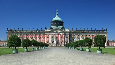 Potsdam_Palace.jpg